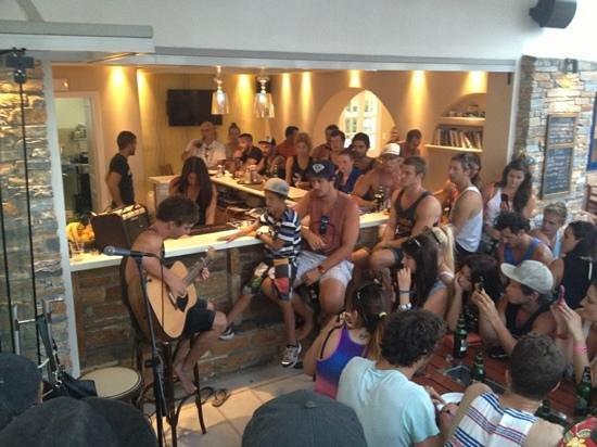 Ios Resort Hotel: Live music at the BBQ on Sundays