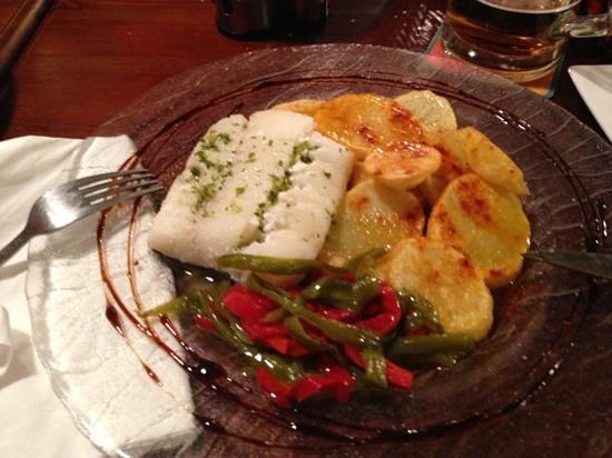 Taberna Gouda: bacalao con patatas y verduritas