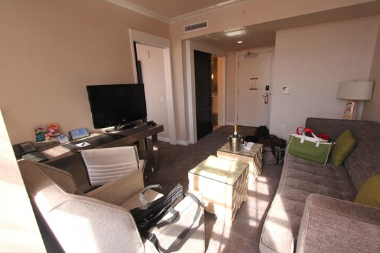 bedroom picture of kimpton hotel palomar philadelphia philadelphia tripadvisor. Black Bedroom Furniture Sets. Home Design Ideas