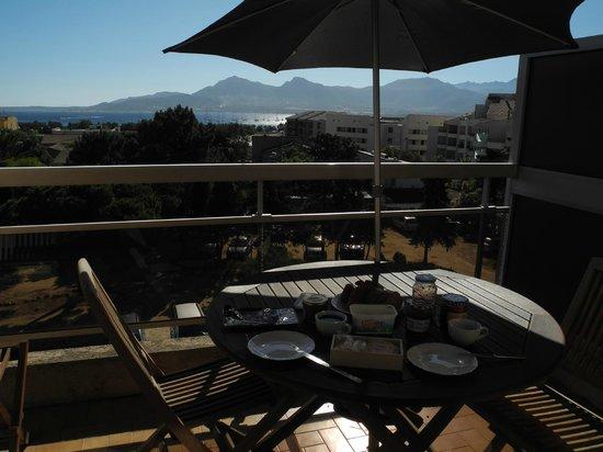 Casa Orsoni : Frühstück auf dem Balkon