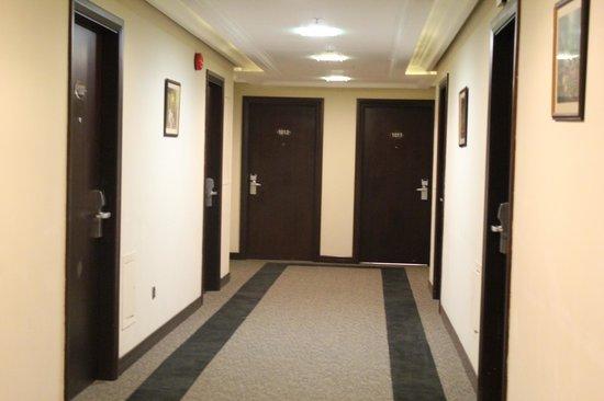 Monroe Hotel: rooms coredore