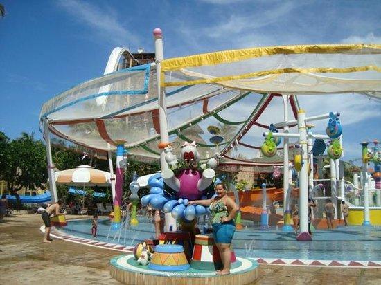Porto das Dunas Beach: Beach Park