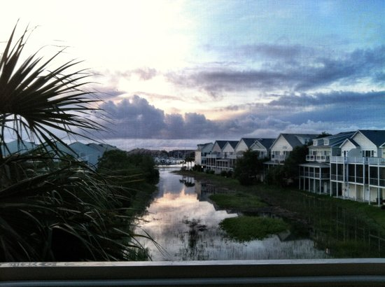 Water's Edge Inn : Our balcony view