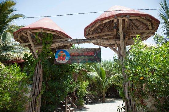 Hostel & Cabanas Ida y Vuelta Camping: Entrance
