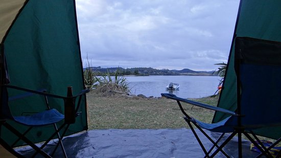 Aroha Island Ecocentre: Great spot to camp