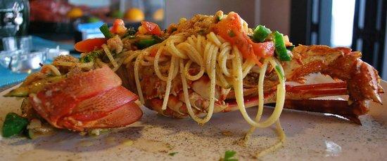 Osteria Del Porto: spaghetti with lobster