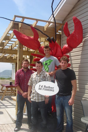 Alma Lobster Shop : Giant lobster