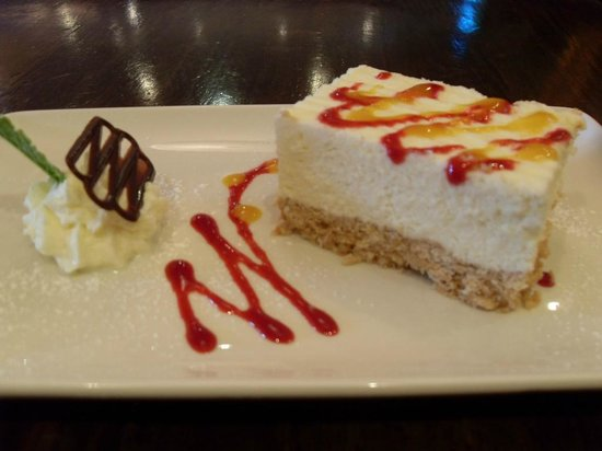 Menlo Park Hotel: home made cheese cake