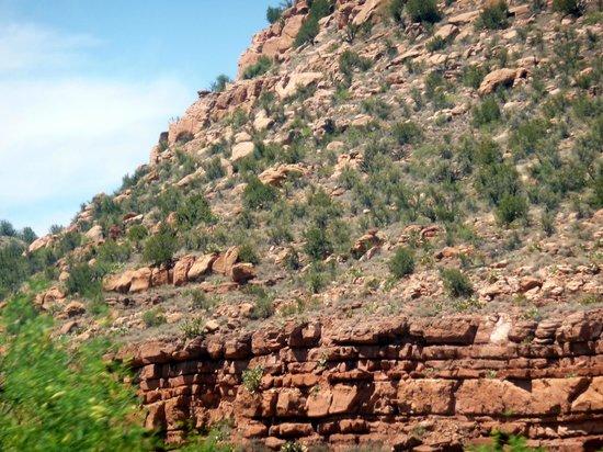Verde Canyon Railroad: Massive rock formation