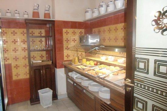 Hotel Casa 1800 Sevilla: Buffet merenda