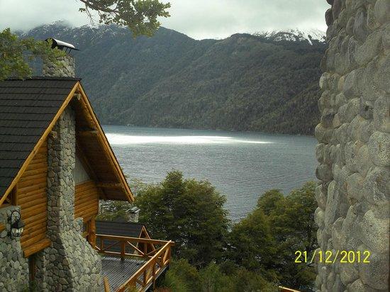 Cabanas Huitan Co : Vista desde la entrada al complejo