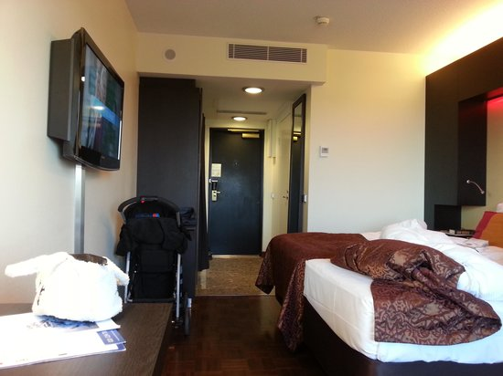 Radisson Blu Hotel, Oulu: Passe stort hotellrom