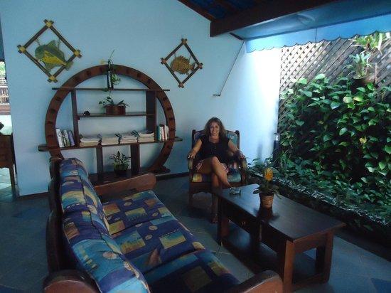 Pousada Telhado Azul: Sala para um bate-papo