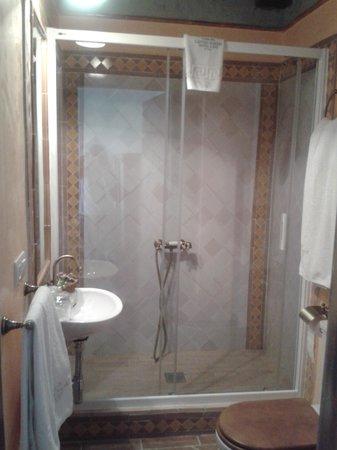 Hotel Casa del Capitel Nazari: Cuarto de baño