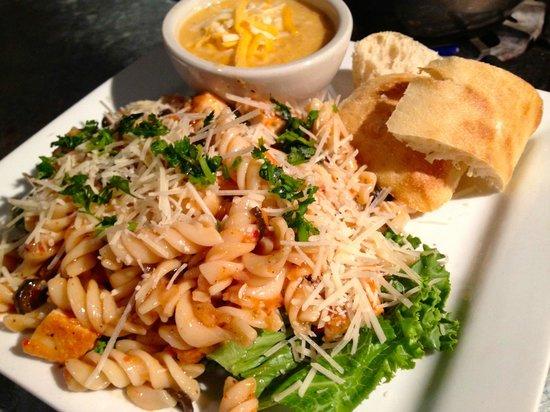 Steves' Market and Deli: Zesty & Chilled Summer Pasta @ Steves'