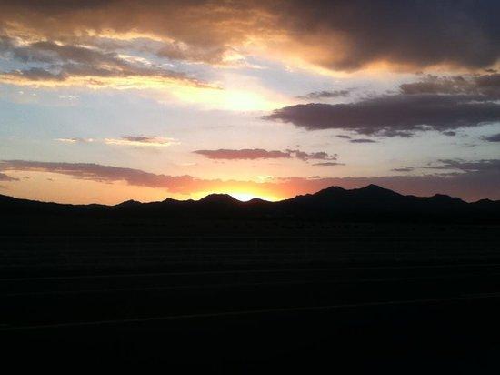 Peeples Valley, AZ: Across the road...