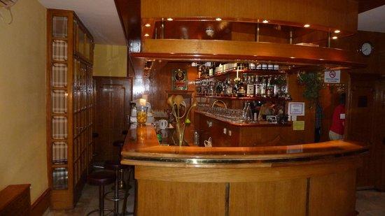 Hotel Marija: Die Bar des Hotels