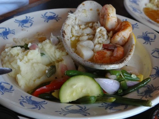 Waterman's Surfside Grille: Seafood Mix