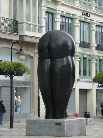 Esculturas de Oviedo: Culis Monumentalibus! jajaja