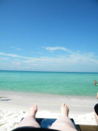 Tidewater Beach Resort: Beach (& my white legs) lol