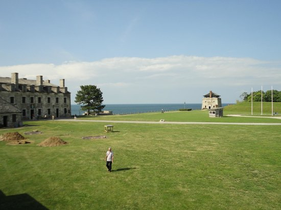 Old Fort Niagara: Interior looking out to Lake Ontario