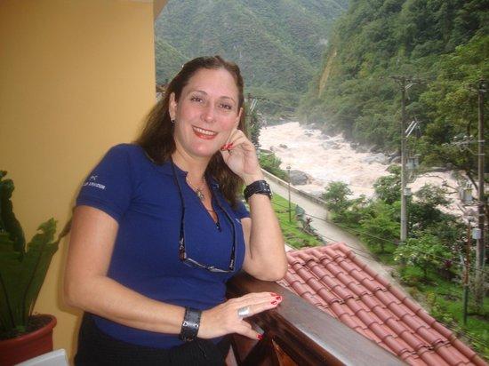 Hostal El Santuario: Tomada desde el Bancón de la habitación con vista al Rio