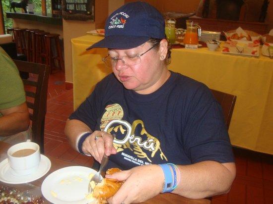 Hostal El Santuario : Tomada en el Comedor mientras tomabamos el Desayuno.