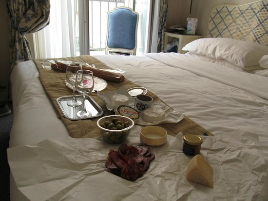 Hotel Belloy Saint-Germain by HappyCulture : Almuerzo en la habitación!!!