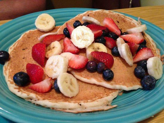 OC Surf Cafe : Red White and  Blue Breakfast
