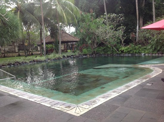 Segara Village Hotel: One of the beautiful pools