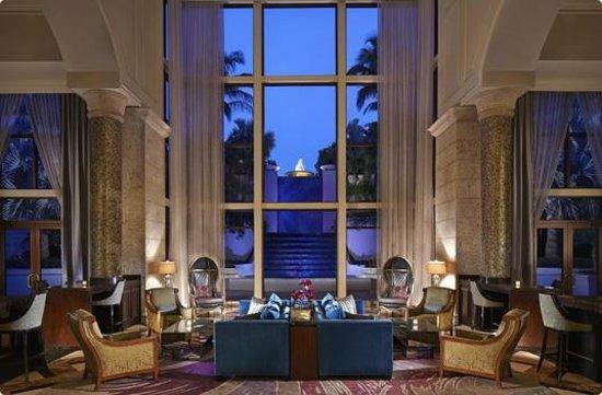 Lazuli Lounge