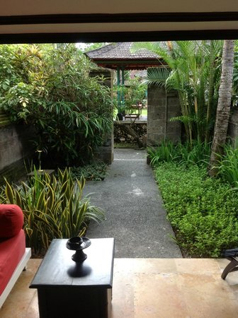 Segara Village Hotel: Our beautiful garden and veranda, very private