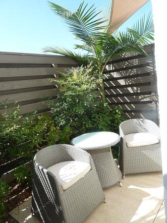 Hotel Indigo Santa Barbara: Private outdoor patio