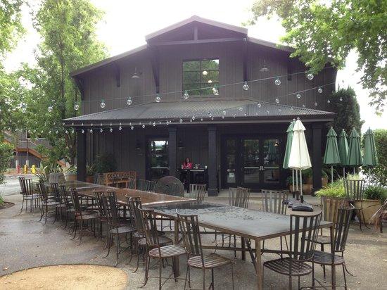 Honig Vineyard & Winery: Honig tasting room