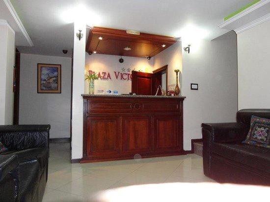 Hotel Plaza Victoria : la recepcion
