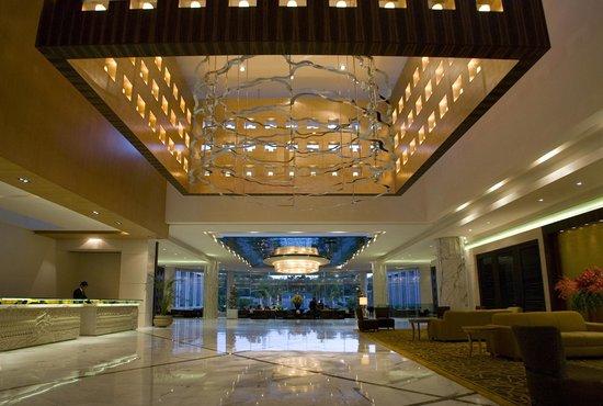 The Grand New Delhi: Main lobby