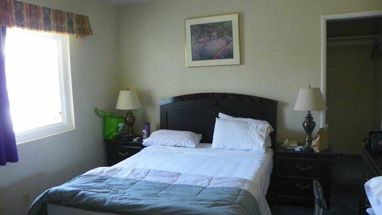 Ocean Park Inn: Room 24