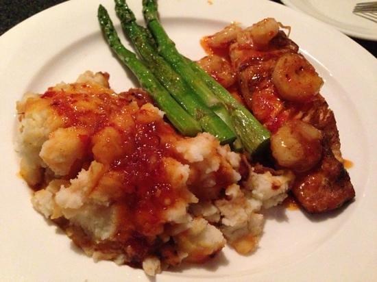 Charbonos: salmon and shrimp