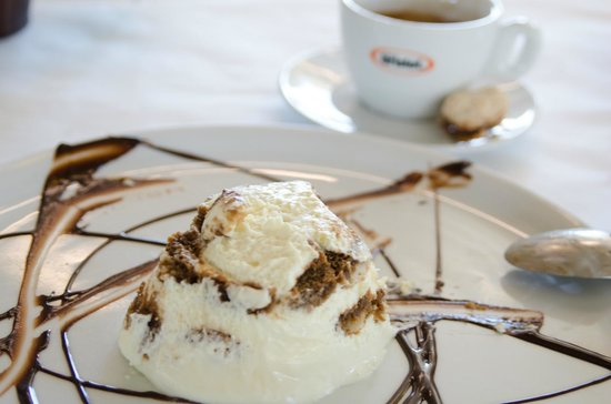 Il Sogno Osteria: Desserts are outstanding!