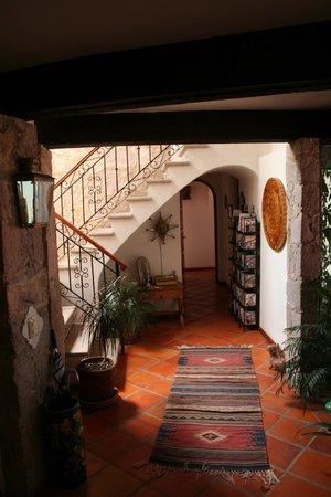 Casa Estrella de la Valenciana: Entry