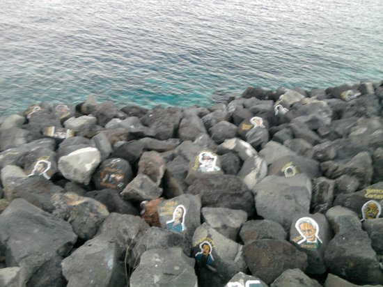 Auditorium de Ténérife (Auditorio de Tenerife) : Más piedras pintadas