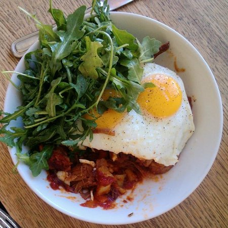 Huckleberry Bakery & Cafe : Hash and eggs