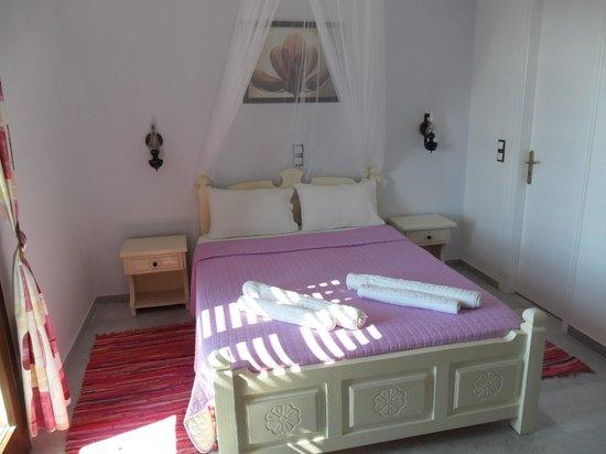 Faros Villa: CAMERA