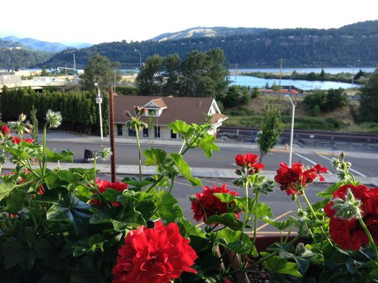 Hood River Hotel : View from our room