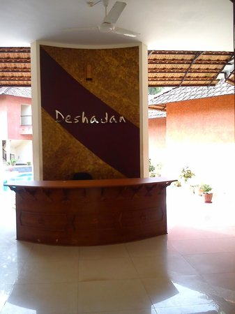 Deshadan Cliff & Beach Resort: Reception