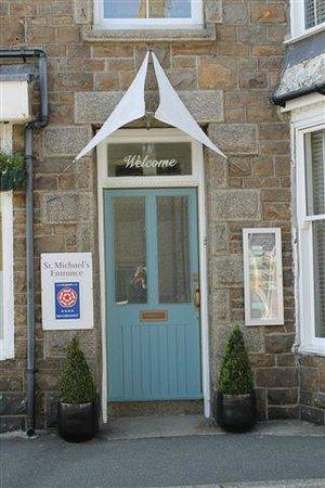 St Michael's Bed & Breakfast: Entrance