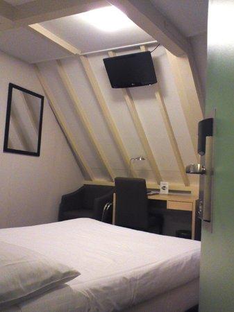Singel Hotel Amsterdam: 部屋の様子
