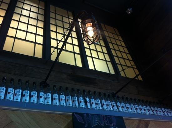 Salil Hotel Sukhumvit Soi 11: retro concept from the bar