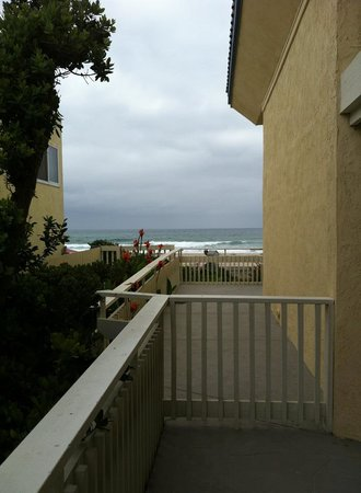 Blue Sea Beach Hotel: VIew from the patio