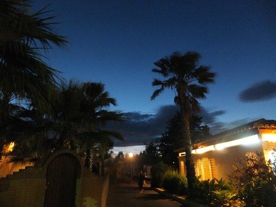 Yelloh! Village Mer et Soleil : La nuit tombe sur le camping